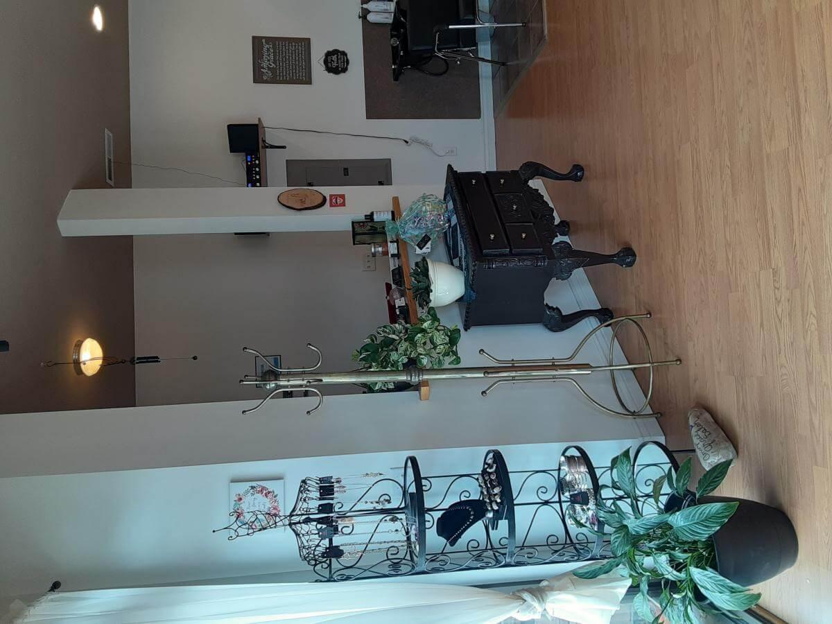 Amazing Grace Salon South Ogden Image 3